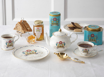 Fortnum_Coronation_China.jpg