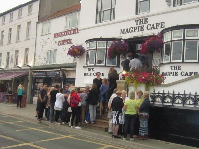 Whitby_Magpie_cafe.jpg