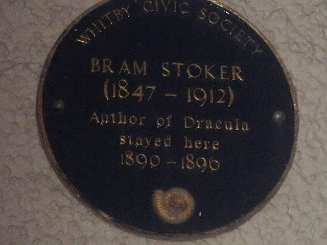 whitby_bram_stocker_plaque.jpg
