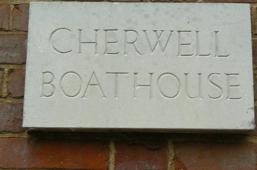 Cherwell_boathouse_sign.jpg