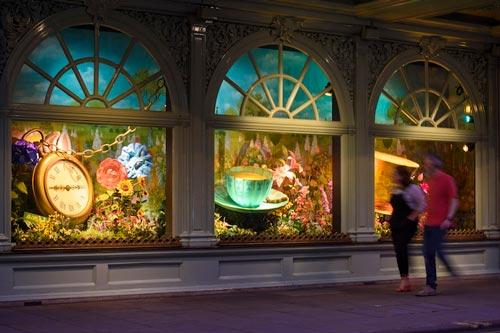 Fortnums-Alice-in-Wonderland-windows.jpg
