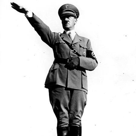 Hitler-Salute-1935.jpg